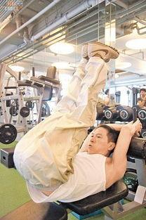 加贺美由贵第三诊察室-腾讯娱乐讯 2011年6月9日 香港 张家辉为新片节食减肥,于5个月内狂...