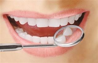 最容易损坏牙齿的坏习惯