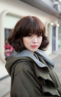 中短发烫发发型 短发烫发发型 短发烫发 中短发发型图片