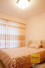 片作者:   犯剑ing   图片专辑:   经典现代简约风格3居室老房装修案例...
