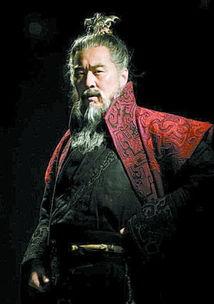 三国时代的一位枭雄,曹操,曹孟德.《新三国》一开篇,便是曹操的...