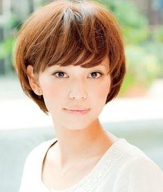 ...合什么短发发型图片 日本职场女性杂志强力推荐