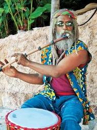 玛雅人是中美洲地区和墨西哥印第安人的一支,公元前约2500年定居...