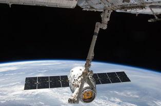 宇宙飞船与宇航员图片 第9张