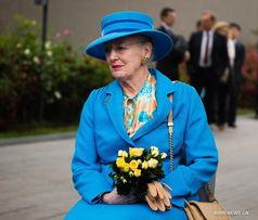Danish Queen visits Nanjing Massacre memorial