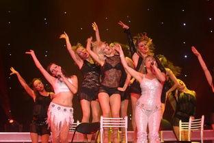 ,英国舞蹈皇后歌舞团将在河南艺术中心大剧院为河南观众带来大型歌...